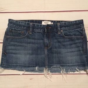 Abercrombie & Fitch mini skirt size 4